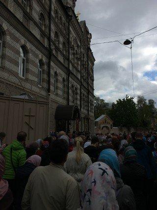 крестный ход на праздник в честь Иоанна Кронштадского