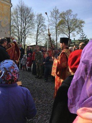 крестный ход на Пасху в Свято-Троицкой Сергиева Приморской Пустыни